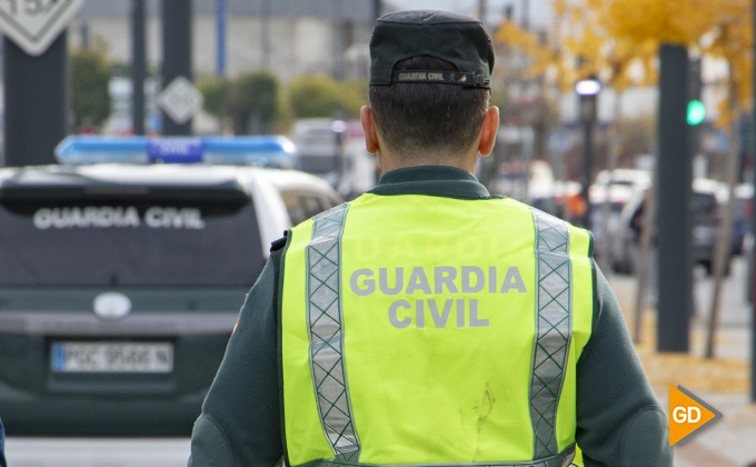 Guardia civil granada 13