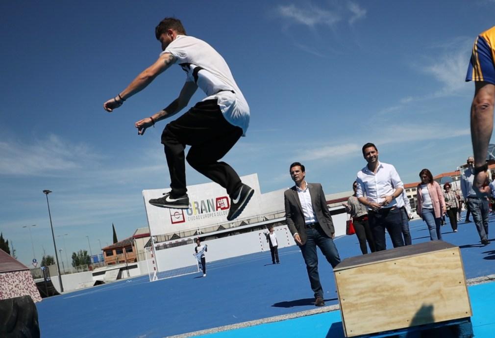 alcalde en plaza Granada, ciudad europea del deporte 1