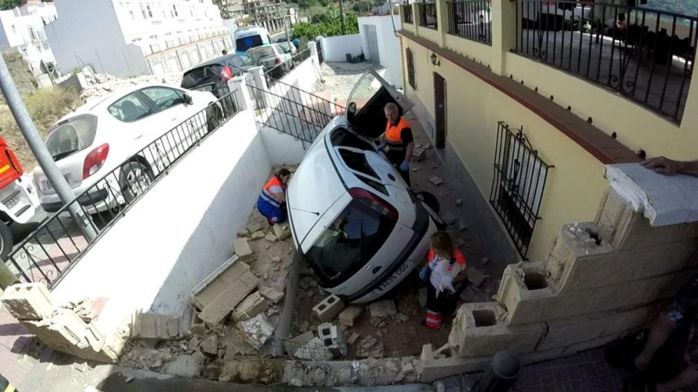 SANITARIOS DE ALMUÑECAR DURANTE LA ATENCION A LA MUJER HERIDA 19