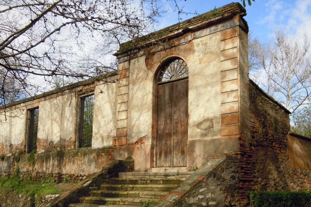 Granada.- Comienzan las obras para rehabilitar la fachada del Carmen de Peñapartida de la Alhambra