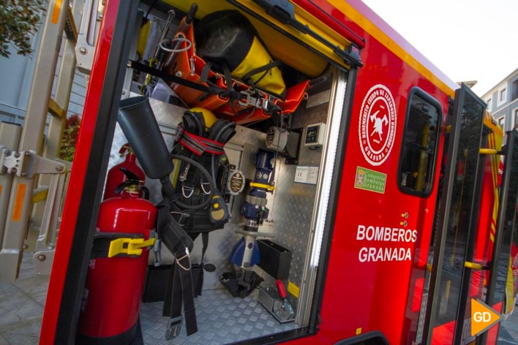 acto de entrega de dos vehículos de asistencia técnica y transporte de personal (VAT) al Parque de Bomberos de Granada