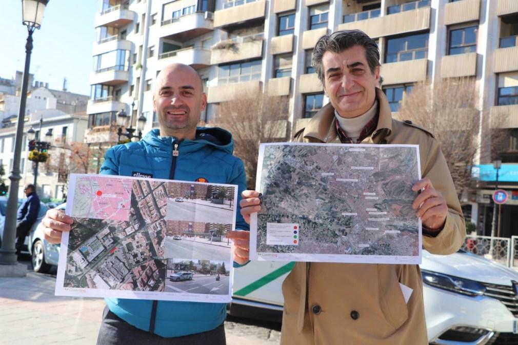 Granada.- Presentan un proyecto pionero de 'electrolineras' para que el 100% de taxis granadinos sean no contaminantes