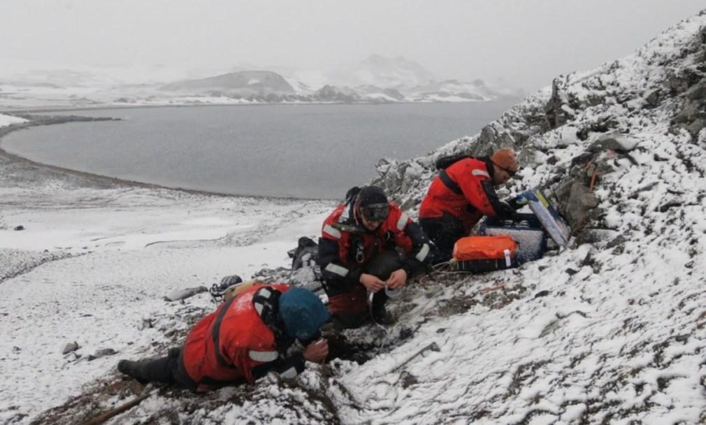 Granada.- Investigadores de la UGR analizan la actividad sísmica de los volcanes submarinos de la Antártida