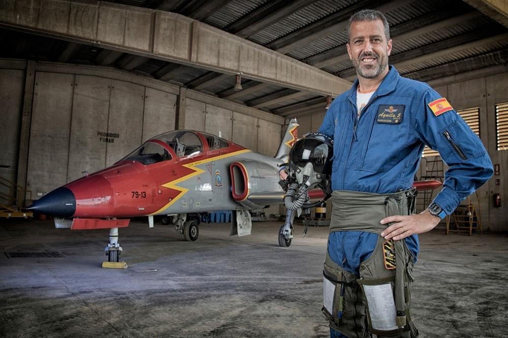 El piloto del avión siniestrado es el comandante Eduardo Fermín Garvalena