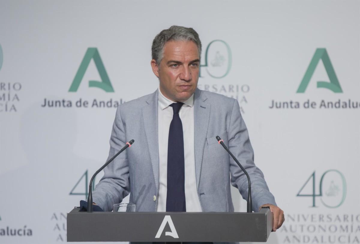 El consejero de Presidencia, Elías Bendodo, durante la comparecencia en rueda de prensa – María José López – Europa Press