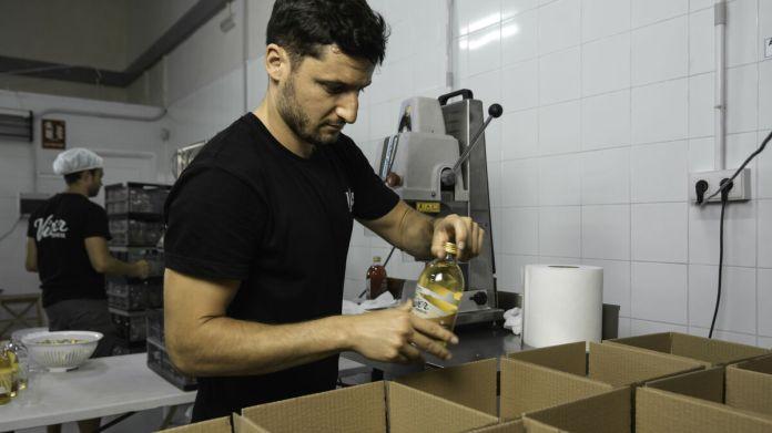 Kombucha, la bebida tendencia ya se hace en Granada