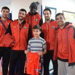 La Fundación Club Baloncesto Granada, en el Materno Infantil