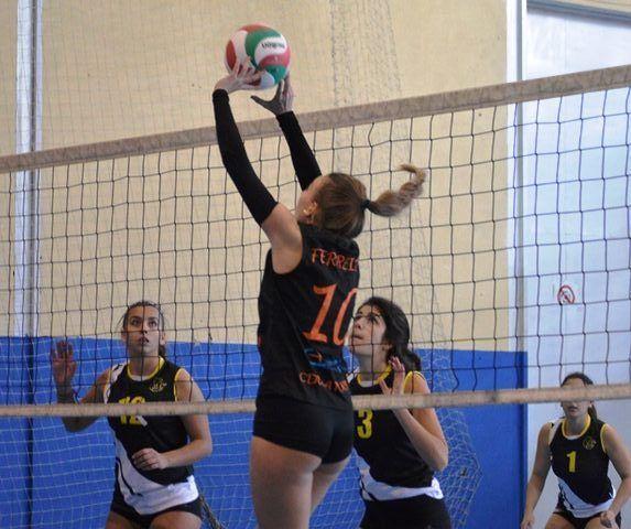 Histamar CDU Atarfe va muy en serio en la Primera Andaluza de voleibol femenino