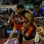 Melilla trunca la dinámica positiva del Coviran Granada en el Palacio de Deportes
