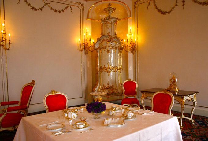 palais_table