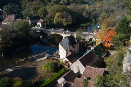 Le pont et l'Anglin vus du château-DSC_65