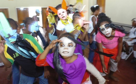 Show And Tell – Project dealing with youth and urban violence (Jamaica)