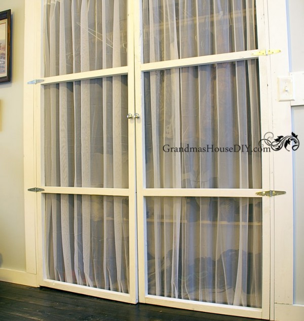 Build your own inexpensive closet doors @GrandmasHousDIY