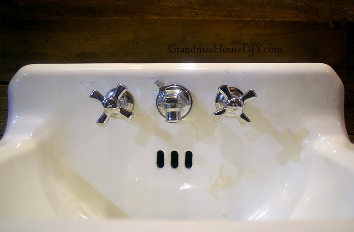remove stains from an old cast iron sink