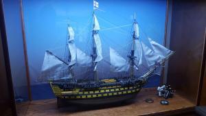 Bob Kocsis ship lighted display case