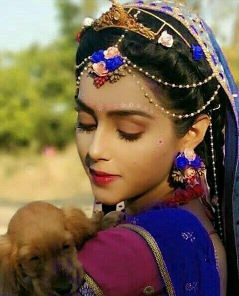 Mallika Singh instagram