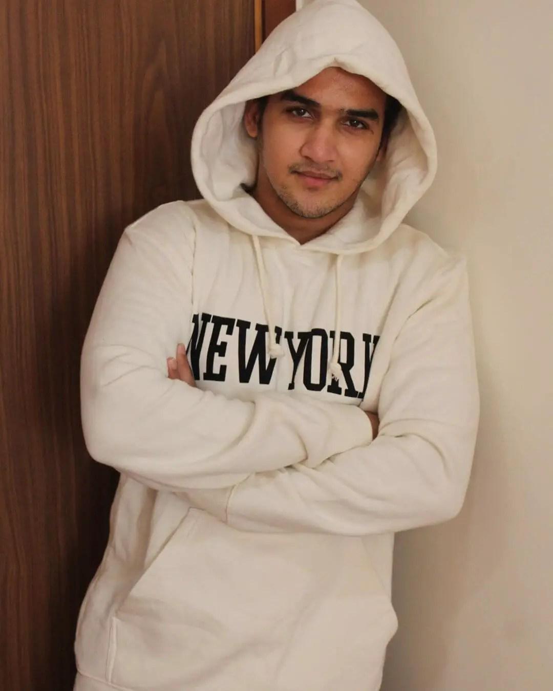actor Faisal Khan in chandragupta maurya
