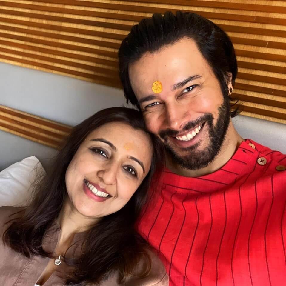 Rajneesh Duggal wife