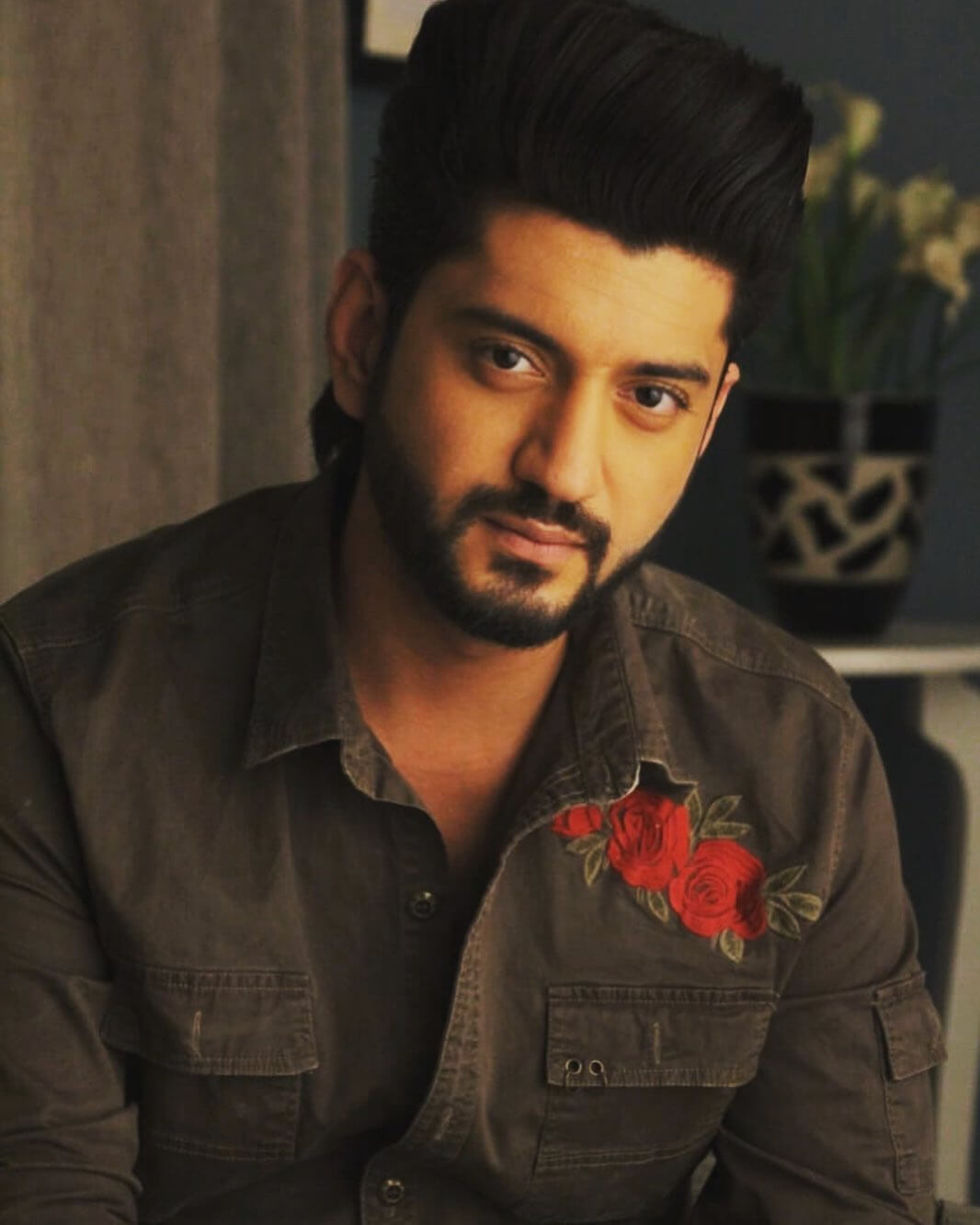 kunal jaisingh height in feet