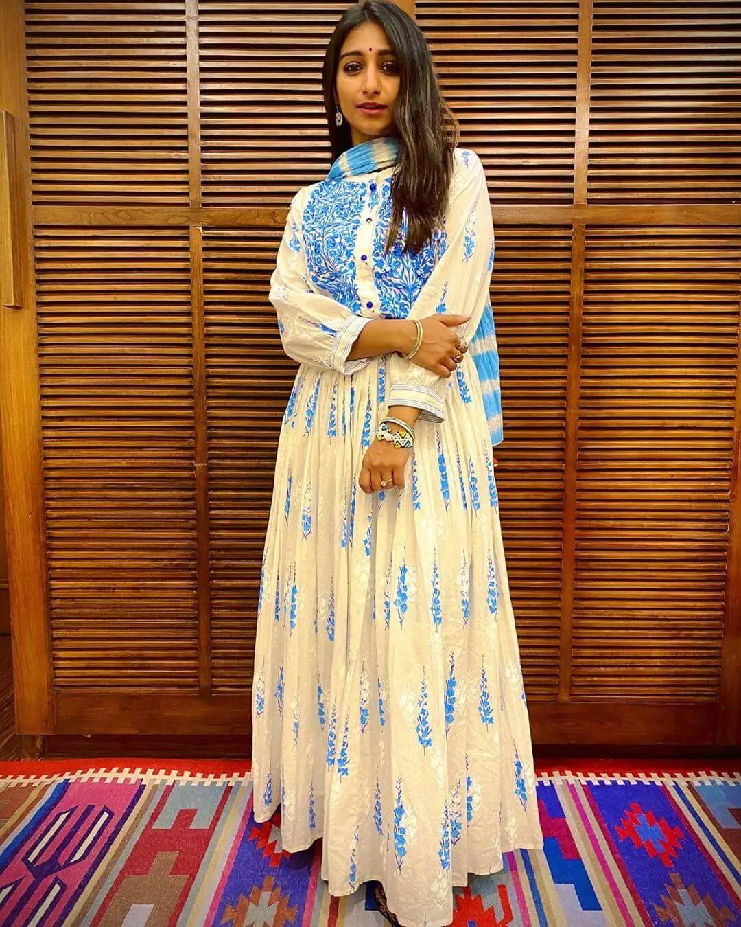 actress Mohena Singh
