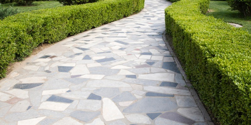 how to fill gaps in flagstone patio