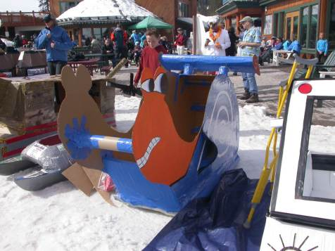 Spring-Skiing-Cardboard-Box-Derby-2014-65