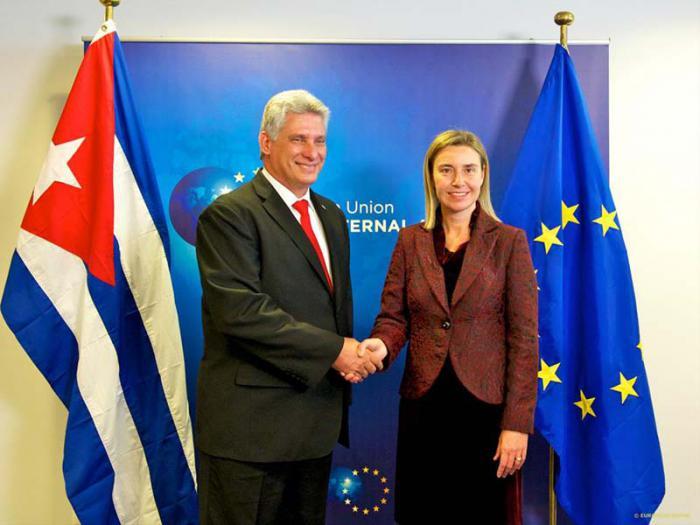 La alta representante de la Unión Europea (UE) para Asuntos Exteriores y Política de Seguridad, Federica Mogherini, recibió el miércoles aquí al primer vicepresidente cubano, Miguel Díaz-Canel.
