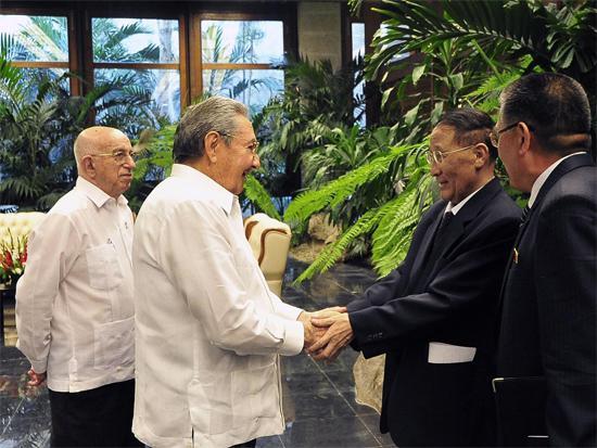 Recibió Raúl a miembro del Buró Político del Comité Central del Partido del Trabajo de Corea