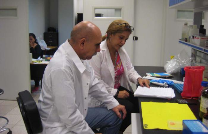 El doctor en Ciencias Biológicas, Rolando Pérez Rodríguez, es autor o coautor de 197 publicaciones científicas, 137 de ellas en revistas internacionales.