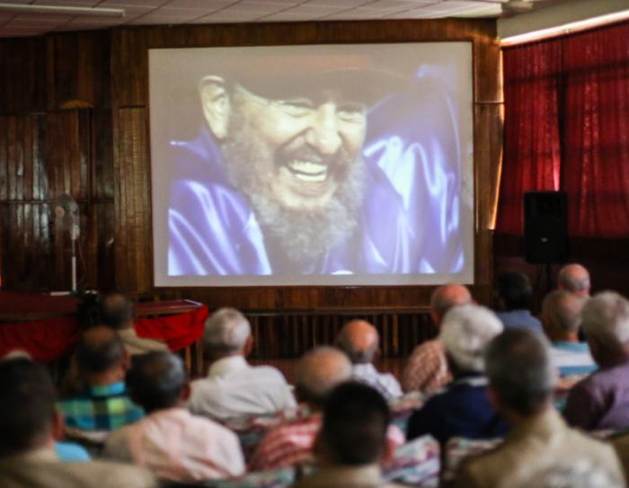 Premier de la serie Columna 1, de Mundo Latino y dedicada a Fidel Castro Ruz, en la División de Tanques de la Gloriosa columna Rescate de Sanguilí.