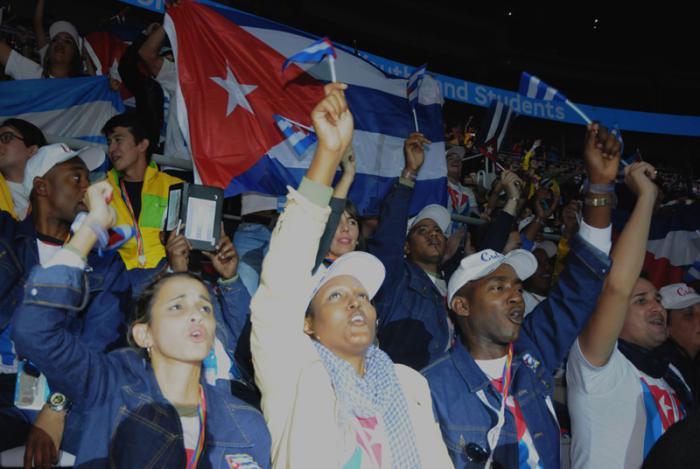 Con la enseña nacional en lo más alto, estuvieron los cubanos, junto a los más de 20 000 delegados de todo el mundo. foto de la autora