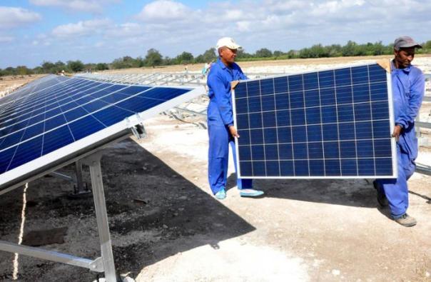 El promedio de radiación solar que recibe el país avala las potencialidades de esta fuente renovable de energía. Foto: Rafael Martínez Arias
