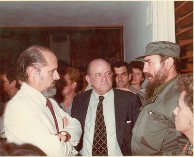 «He vivido, enseñado y aprendido en muchos países, publicado más de 20 libros, conversado con centenares de personas, pero nada fue, ni de lejos, tan importante como haber conocido a Fidel», confesó el poeta y ensayista Roberto Fernández Retamar.