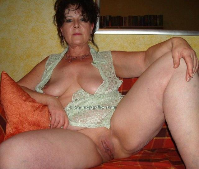 Naked Mature Old Women