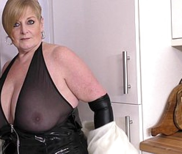 Naughty British Mature Bbw Akin To Gone The Brush Broad In The Beam Confidential