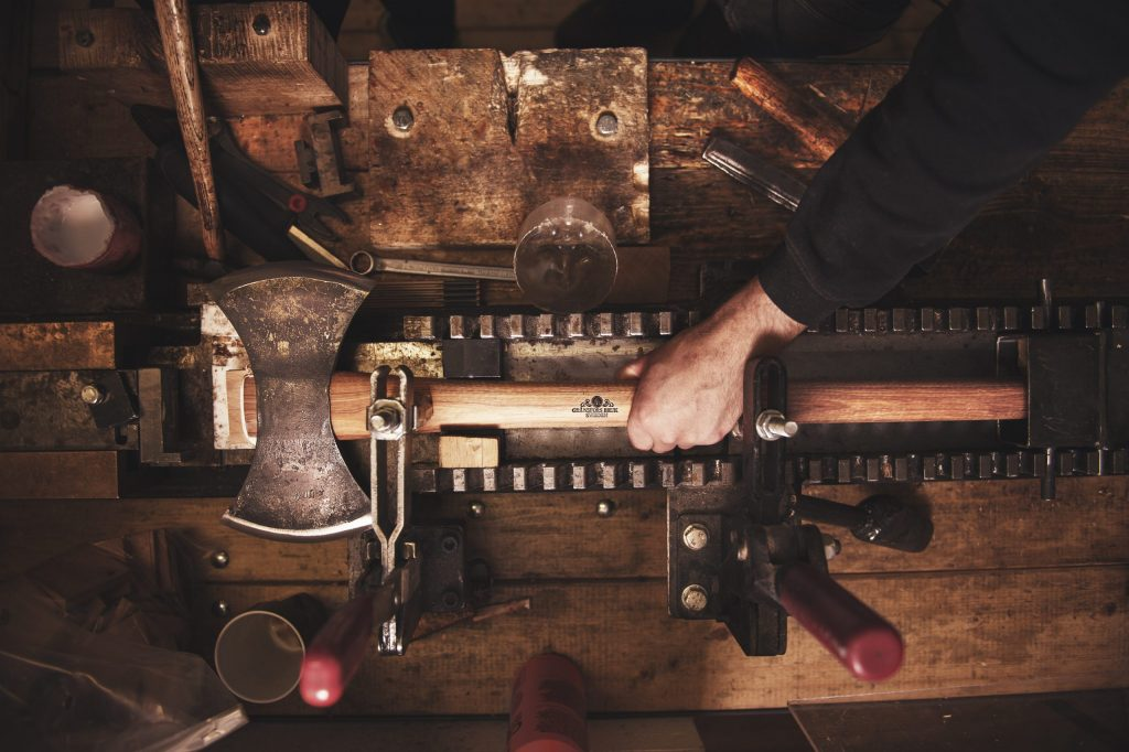 double bit axe in handle wedger
