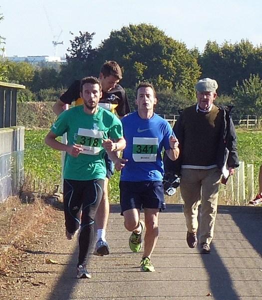 Oliver North & Rodrigo Hortal ahead of Peter Clarke