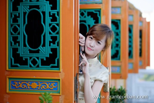 Thean Hou Temple Fuji XT-1 56mm f1.2 APD lens Chinese New Year Model Portrait photography