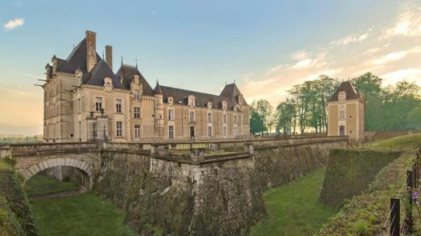 WSET Level 2 at Chateau de Jalesnes