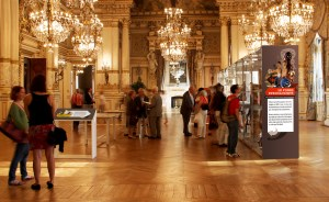 Conception visuelle d'une exposition dans la grande salle d'honneur de la préfecture du Rhône dans le cadre des journées du patrimoine
