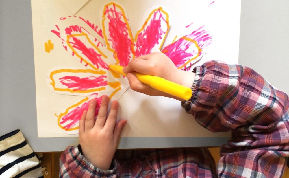 enfants-dessinent-fraises-3