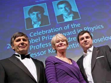 Andre Geim and Kostya Novosolov Nobel prize award photo