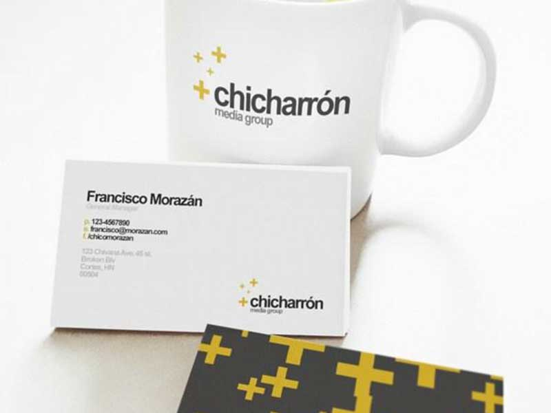 free-business-card-mockup-psd-11