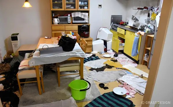 熊本地震直後の室内