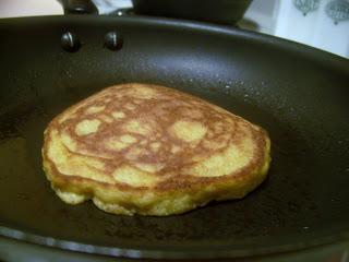 oat fiber pancakes 2010-07-10 001