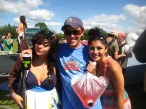 Beautiful Ladies + Bag O' Wine = Good Times