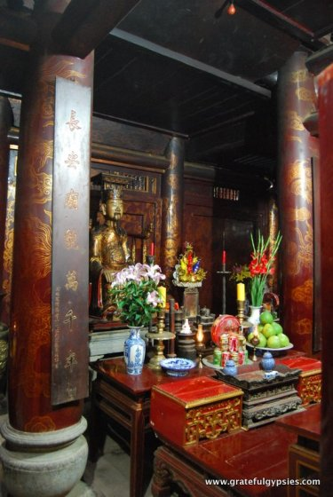 Inside one of Hoa Lu's temples.