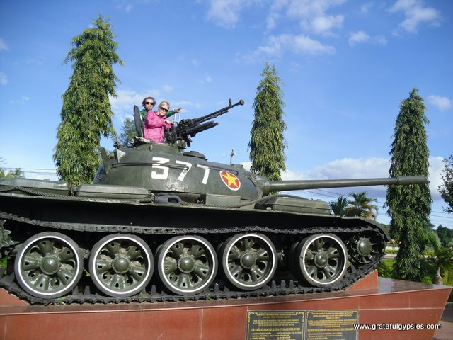 Mr. Chinh insisted that we pose on this tank.