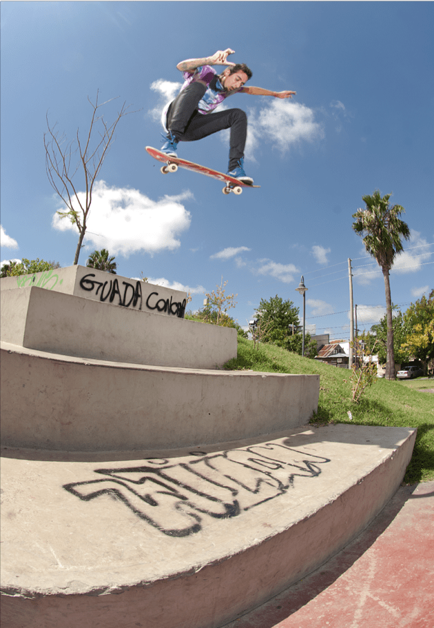 Frontside nollie Photo By Diegue San Martin