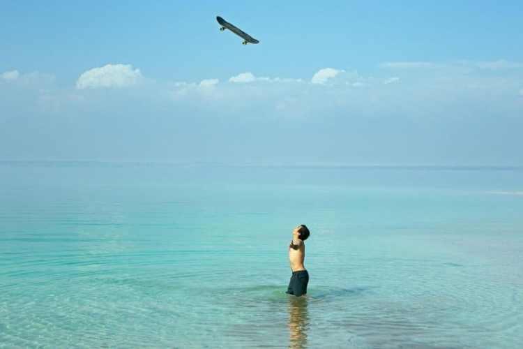 Milton Martinez Milton alucina con la sensación de flotar en el Mar Muerto. ¡Era la bomba! © Sergio Alvarez